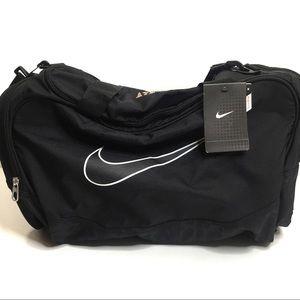Black Nike Medium Gym Duffel Bag
